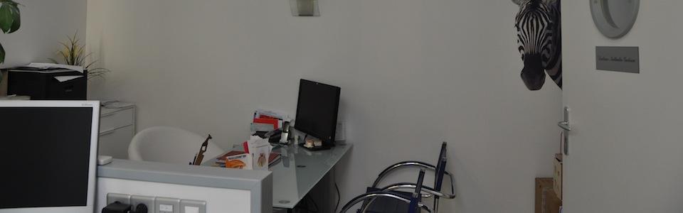 Photographie du bureau du docteur Gédéon